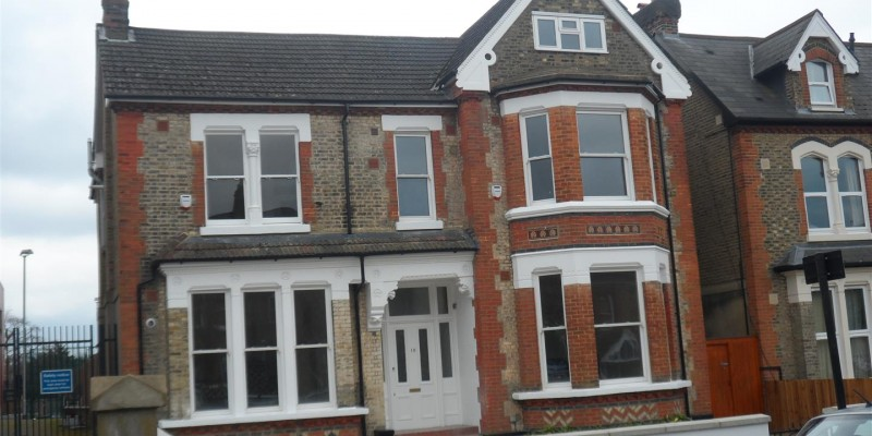 Two Bed Flat in Norwood, SE27