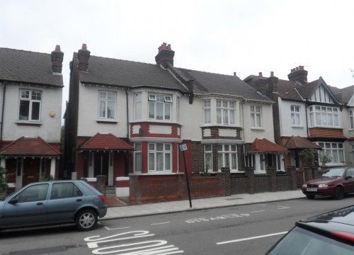 5 Bedroom Semi Detached House, SW2