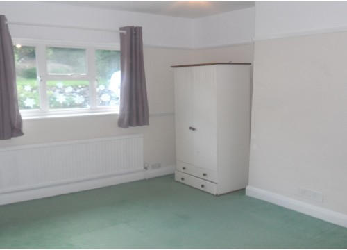 3 Bedroom  House, Purley, Croydon