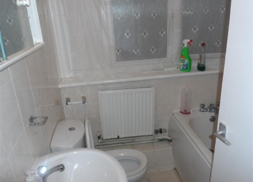 One bedroom flat close to Mitcham Eastfield station