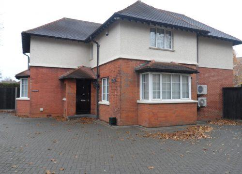 4 Bedroom House in Coulsdon, Croydon